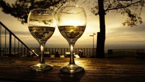 wine glasses, drinks, sunrise
